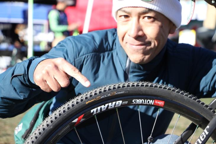NOTUBESの新型ワイドリムZTR GRAILにクリスキングのハブ、タイヤはコンチネンタルのCYCLO KING
