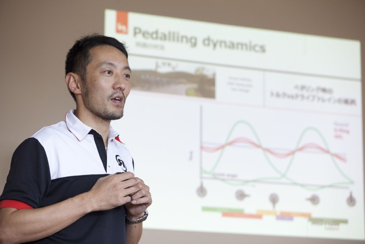 ROTOR INPOWERについてプレゼンテーションを行うダイアテックプロダクツの寺本俊介氏