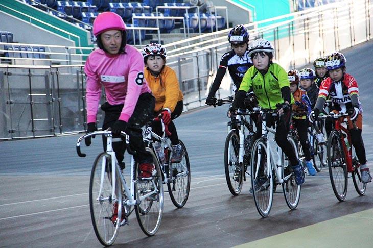楽しみながら安全な自転車の乗り方を学んだり、ミニレースの体験が出来る