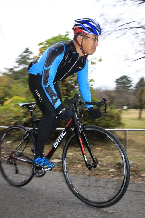 「カーボンに匹敵する振動吸収性 レースからツーリングまで幅広く楽しめるバイク」 山崎敏正(シルベストサイクル)