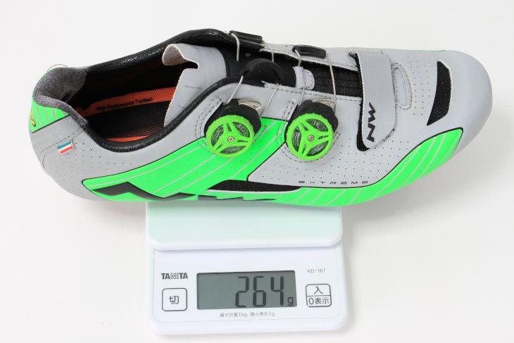 42サイズの実測重量は264g