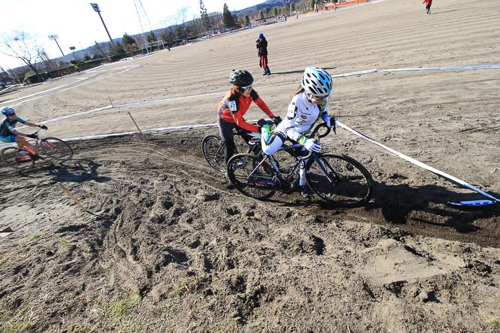 砂セクションではうまくバイクが進められずに詰まらせてしまう