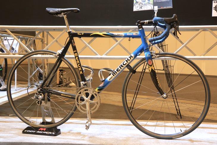 ヨハン・ムセーウが2002年のパリ〜ルーベで優勝した際に使った実車