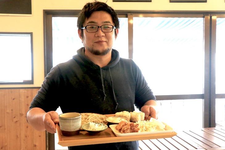 蕎麦や採りたてのマテ貝を頂いた蕎麦カフェ「SOBA CAFE ゆうひ」のご主人