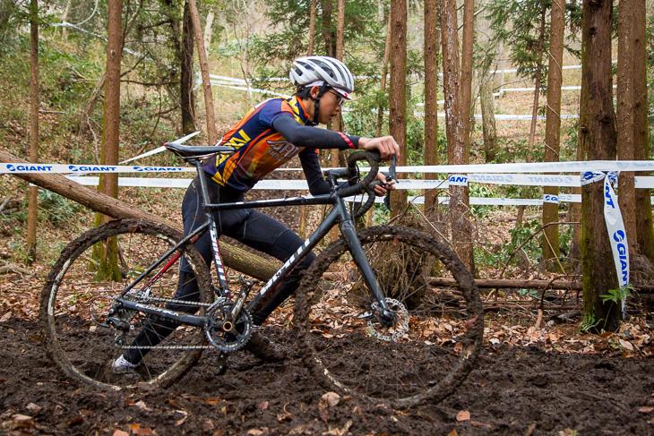 自転車にまとわりつく泥が最大の敵となった