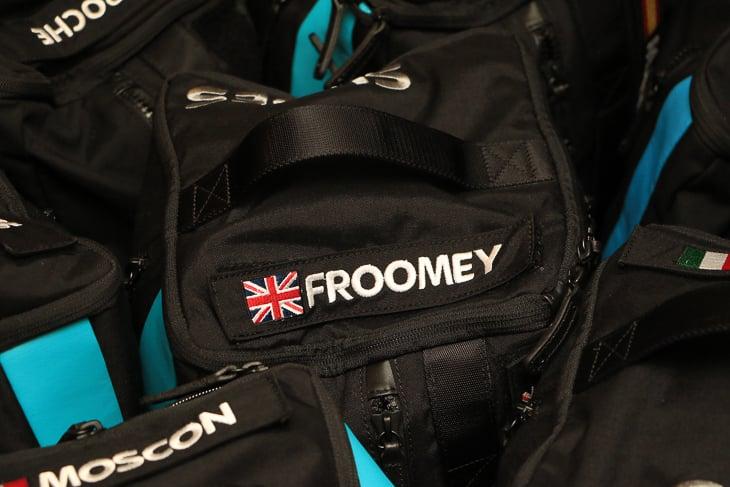 フルームのネームタグはFROOMEY