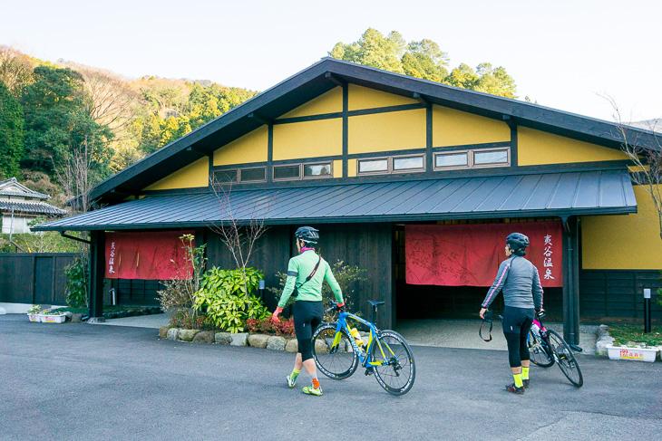 夷耶馬の谷にある、地元からの人気が高い夷谷温泉