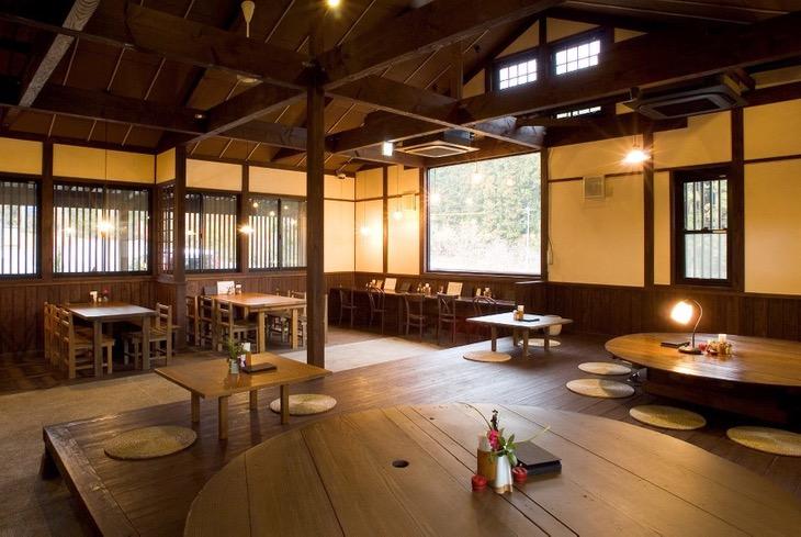 両子寺のすぐそばにある、両子河原座。美味しいお蕎麦や鶏めしを頂ける