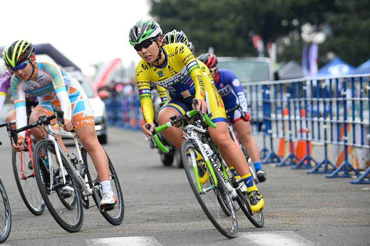 レース中の江藤里佳子さん