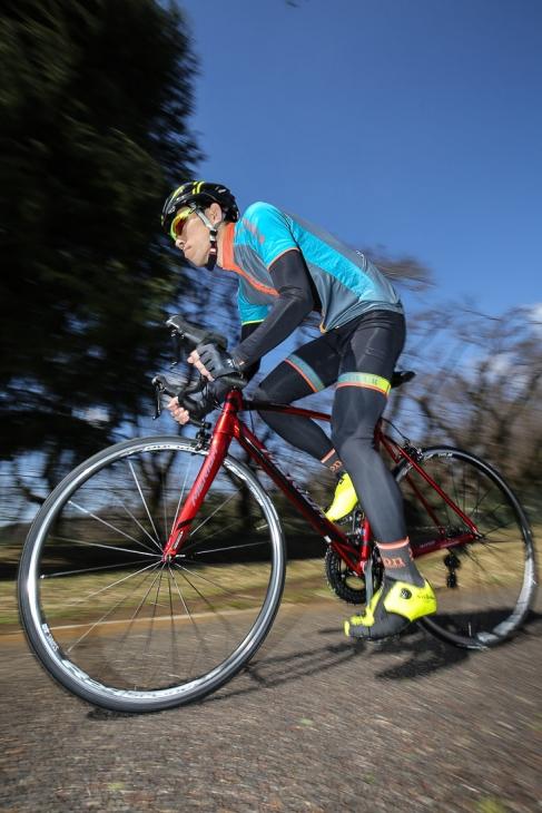 「アルミらしいダイレクトな踏み味のバイク 重量を感じさせない軽快な登坂が魅力」寺西剛(シミズサイクル サイクルスポーツ本館)