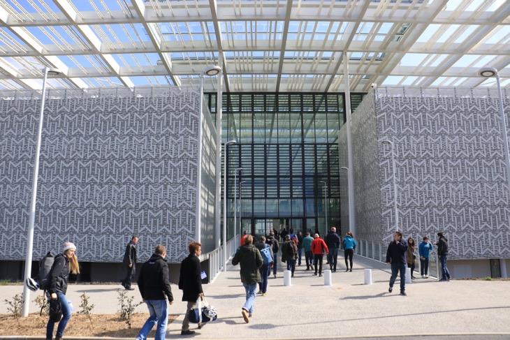 真新しいミシュランのテクノロジーセンター。ミシュラン製品開発の中枢を担う場所