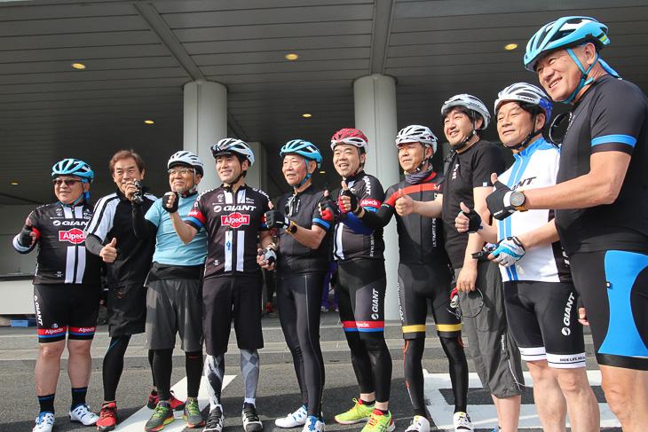 キング・リュー会長とジャイアント経営陣、守山市長と滋賀県知事らが勢揃い
