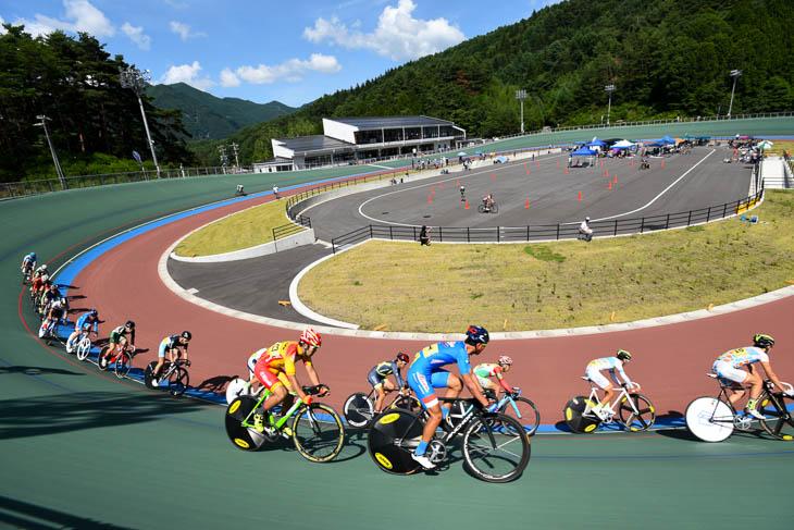 標高1000mに位置する松本市美鈴湖自転車競技場   cyclowired
