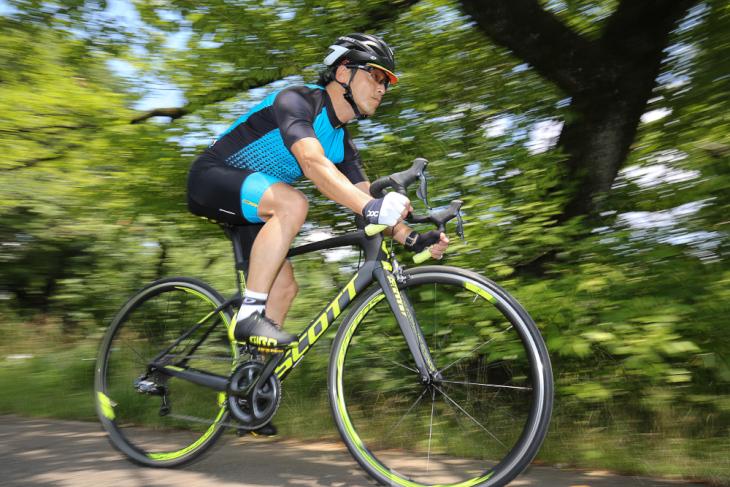 「もっと踏みたくなる、高剛性が特長のエアロレーサー」生駒元保(bicycle store RIDEWORKS)