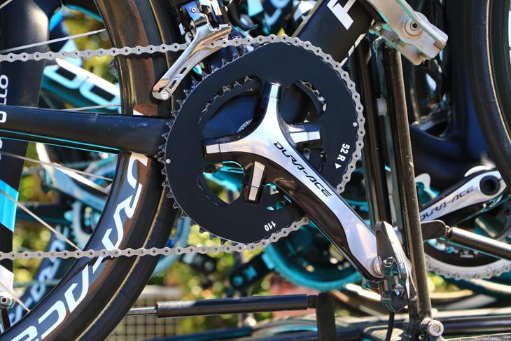 もちろん、フルームのバイクにはオーシンメトリックの非真円チェーンリングが装着されている