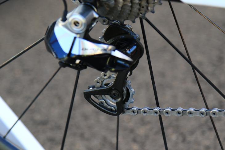 プーリーはサイクリングセラミックス社のものに換装される