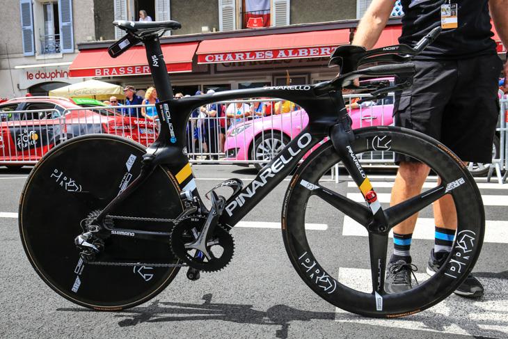 クリス・フルーム(イギリス、チームスカイ)のピナレロ BOLIDE TT