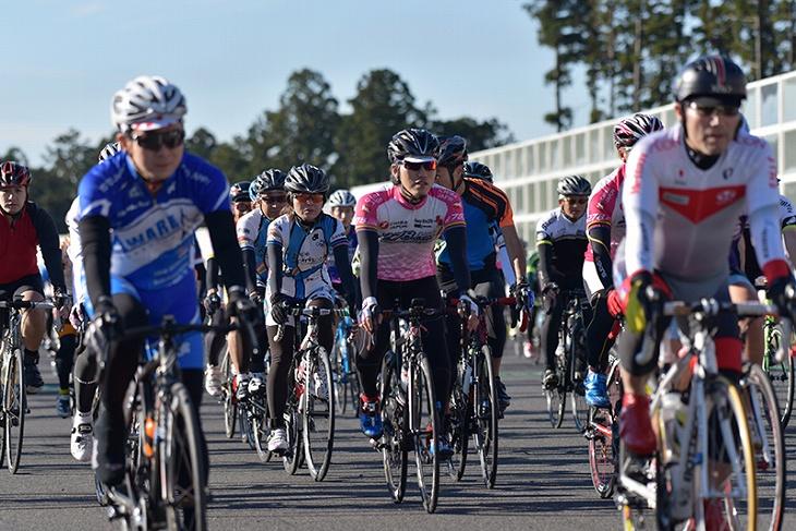 多くのサイクリストが集まるセオサイクルフェスティバル