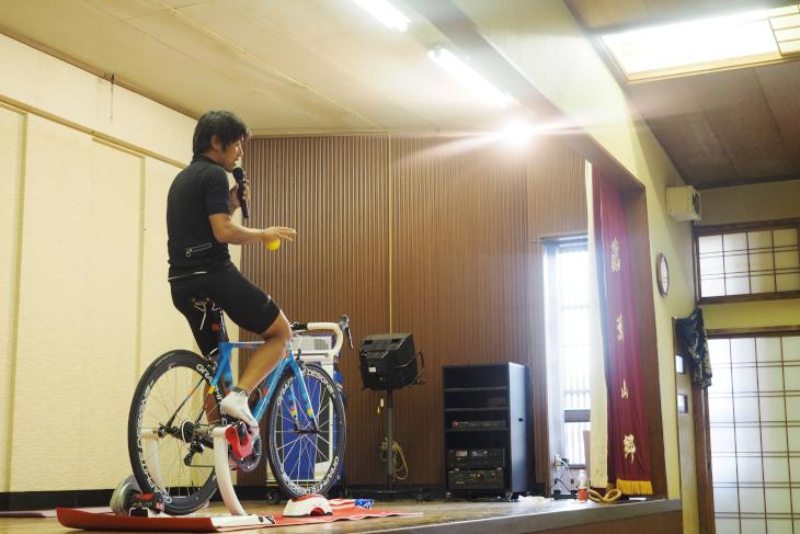 1日目の夜には宮澤さんによるサイクルセミナーが開催された