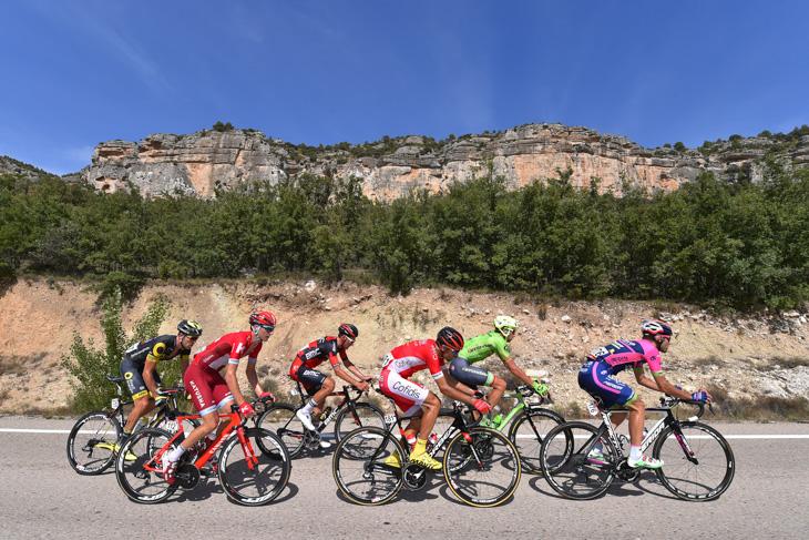 3分差で逃げ続けるルイス・マテマルドネス(スペイン、コフィディス)ら6名
