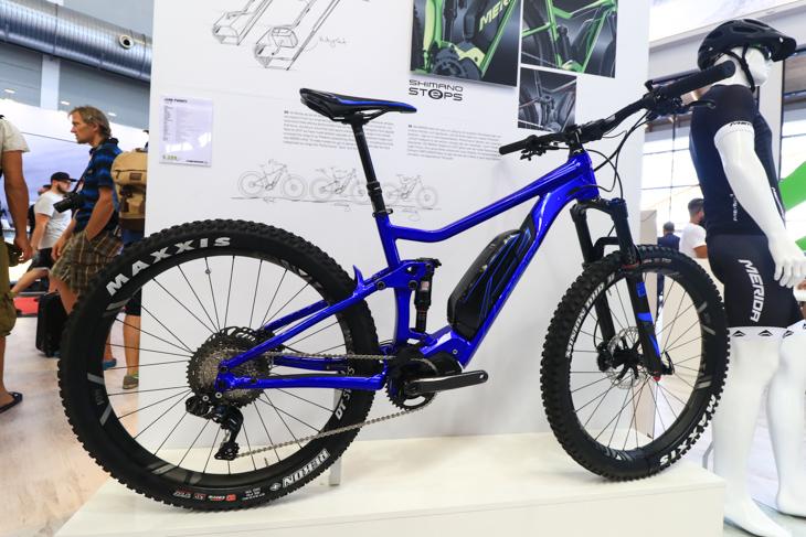シマノのE-Bikeシステム「STePS」&デオーレXT Di2を搭載したメリダのE-Bike