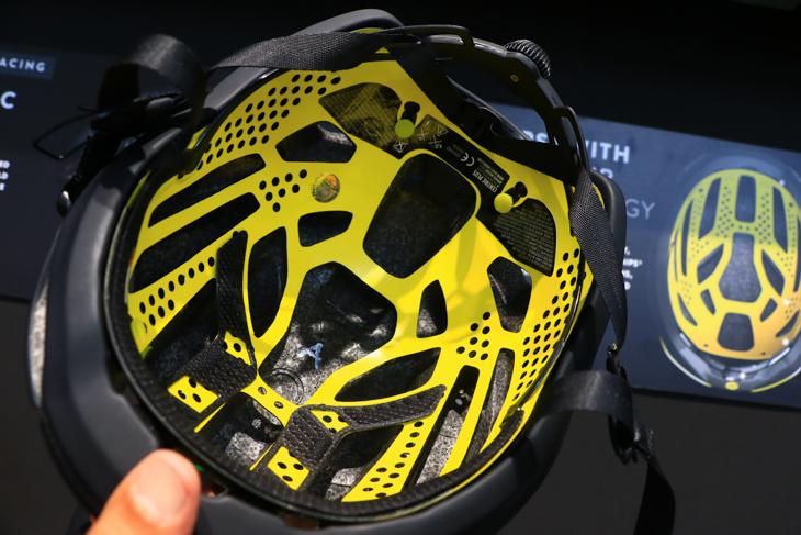 MIPSをハイエンド系ヘルメットに採用するメーカーが多かった