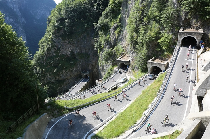 今年で21年目を迎えたグランフォンドピナレロ(写真のサンボルト峠は今年はオプションで訪れることができる)