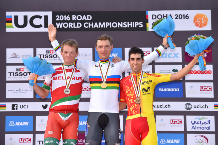 2位ヴァシル・キリエンカ(ベラルーシ)、1位トニ・マルティン(ドイツ)、3位ヨナタン・カストロビエホ(スペイン)