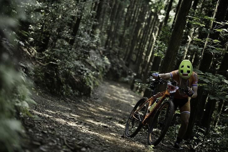 四国の秘境を走る日本最長クロスカントリーマラソン 松野四万十バイクレース: (c)松野四万十バイクレース実行委員会