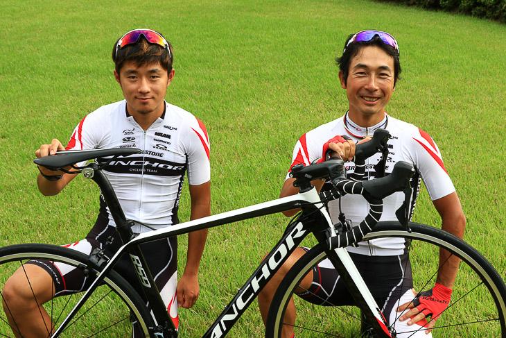 インプレライダーを務めてくれた鈴木龍(左)と井上和郎(右)