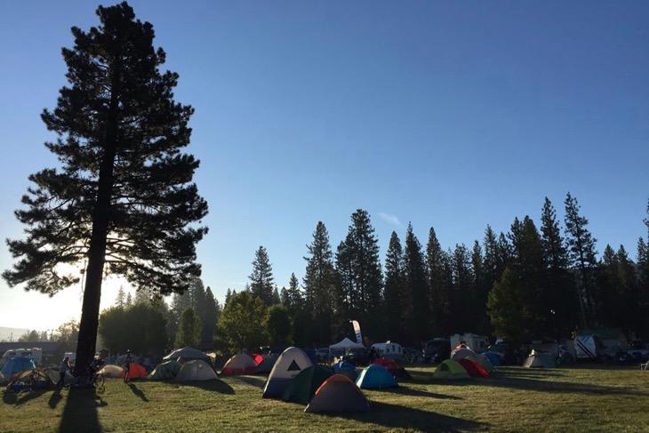 レースの朝。テントから出て10秒でレースのスタート地点だ