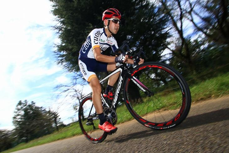 「脚への負担が少なく、何度でも踏んでいけるような剛性感です」杉山友則(Bicicletta IL CUORE)