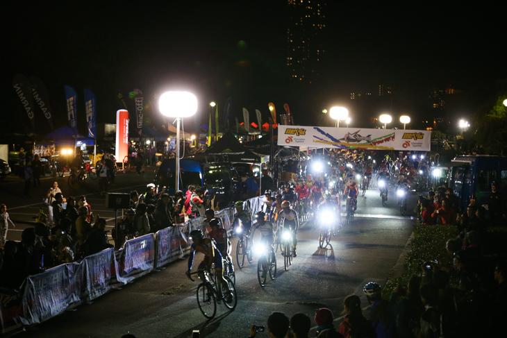 STARLIGHT CROSS幕張はチャンピオンシステム・ジャパンが主催している