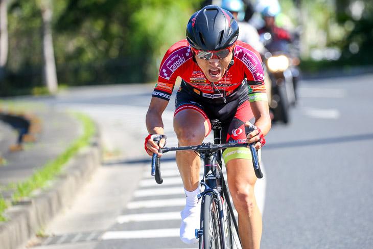 チャンピオン ラスト5km、独走で2度目の優勝を目指す増田成幸(宇都宮ブリッツェン)