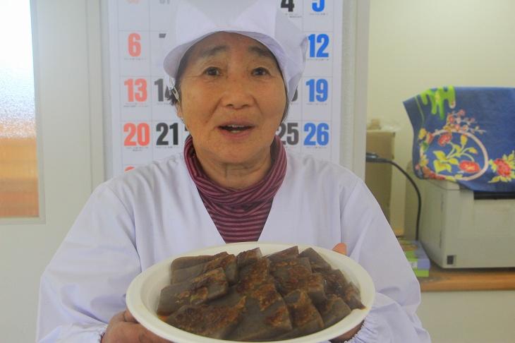 ほたるみ館では、手作りの味噌おでんが振る舞われた