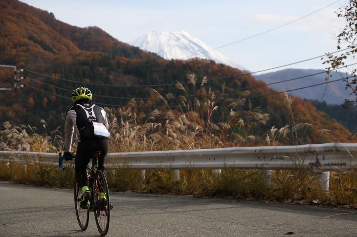 途中には富士山が見えるスポットも