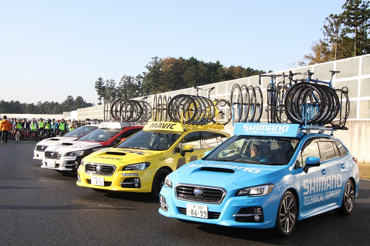 各サポートカーが一堂に集結