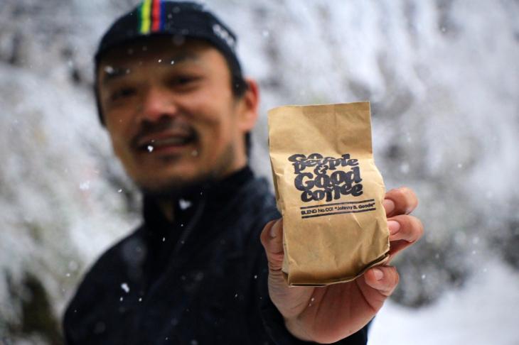 須崎さん一押しのGOOD PEOPLE&GOOD COFFEE。店舗は池尻大橋にある
