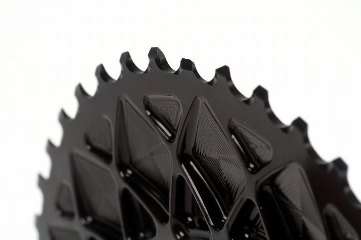 複雑な造形に加工されている 歯先形状もしっかりひとつひとつ考えられている