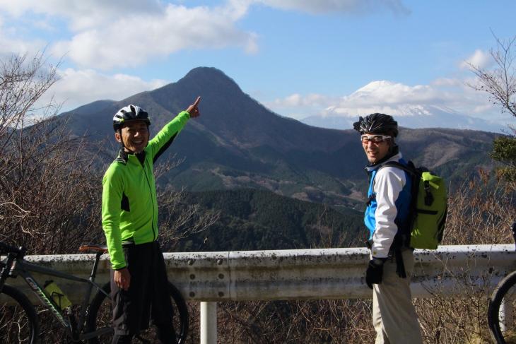 富士山が見えた!ここでコーヒーブレイクと洒落込みましょう