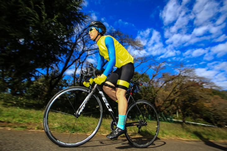 「路面追従性が高く、安定感のあるピュアレーシングバイク」佐藤淳(カミハギサイクル)