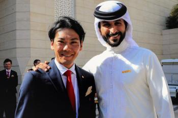 ナセル・ビン・ハマド・アル・カリファ王子と新城幸也: photo:Miwa.Iijima/CorVos