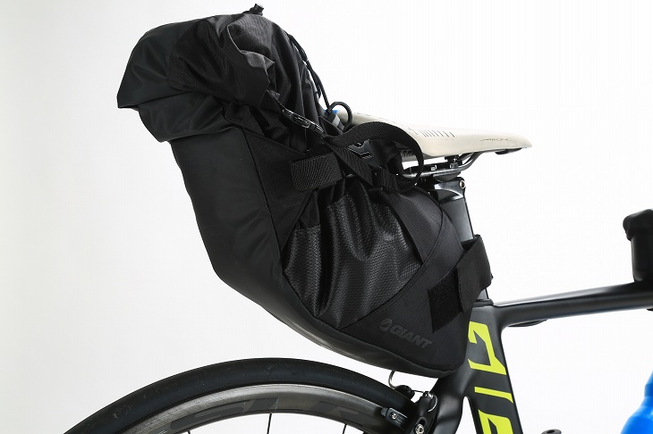 SCOUT SEAT BAGは取付けカンタン