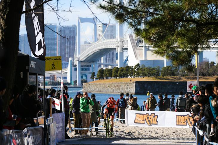 エリート男子 独走するスティーブ・シェネル(Cross Team by G4): photo:Kei Tsuji / www.cyclocrosstokyo.com