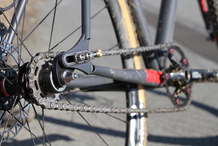何も考えなくてもよくなるシングルスピードは純粋に自転車が楽しめるという