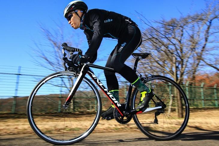 「踏めば前に前に進むレーサー気質な乗り味」山崎嘉貴(ブレアサイクリング)