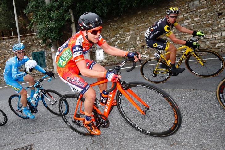 23位でフィニッシュしたネオプロのニコラ・バジオーリ(イタリア、NIPPOヴィーニファンティーニ)