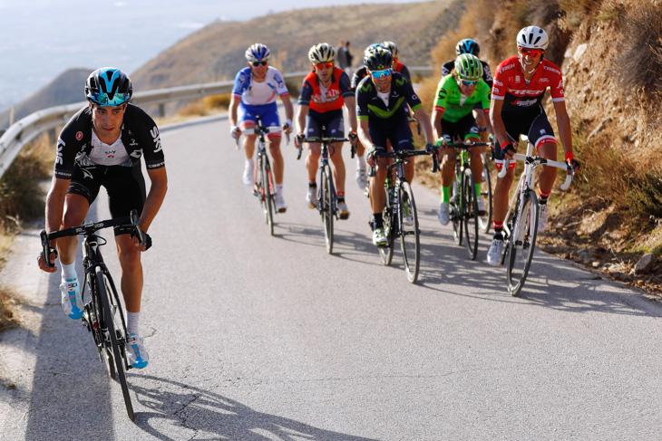 精鋭グループの中からアタックするミケル・ランダ(スペイン、チームスカイ)