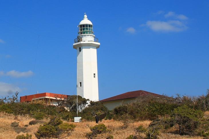 房総半島の先端に位置する野崎島灯台