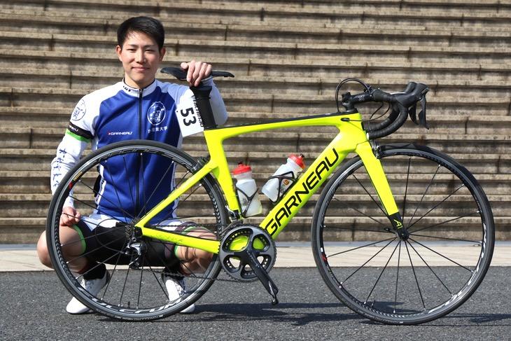安田京介(京都産業大学3年)ガノー GENNIX A1